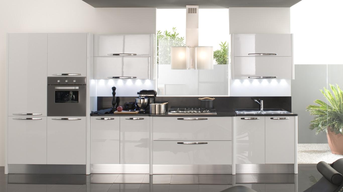 Cucine Moderne Beige: Cucina moderna anta in vetro beige pavia ...